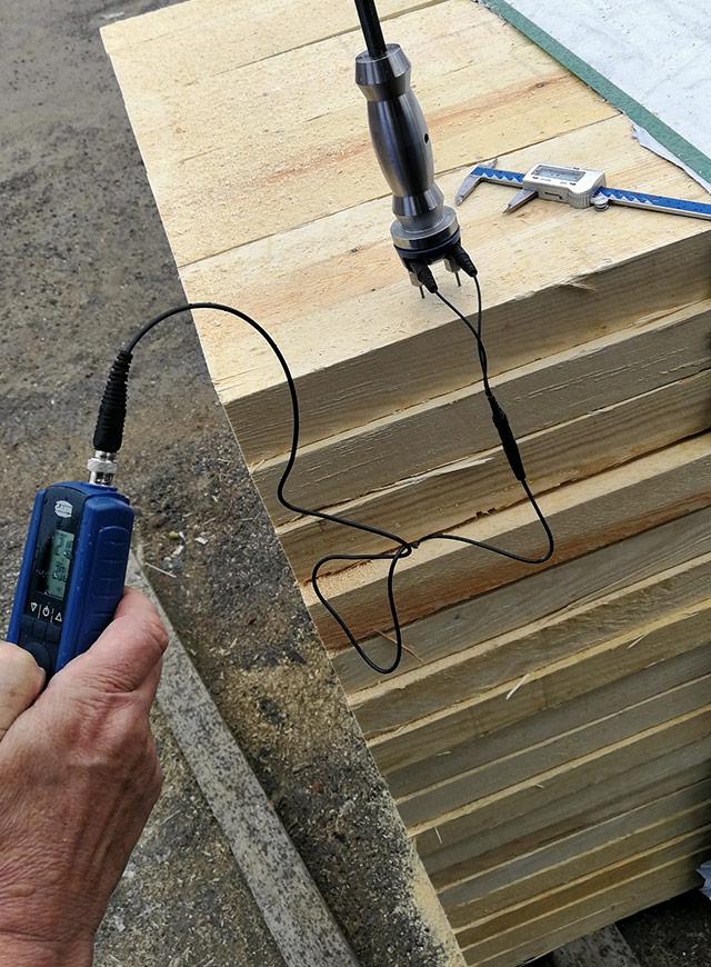 Moisture control, U/S Redwood